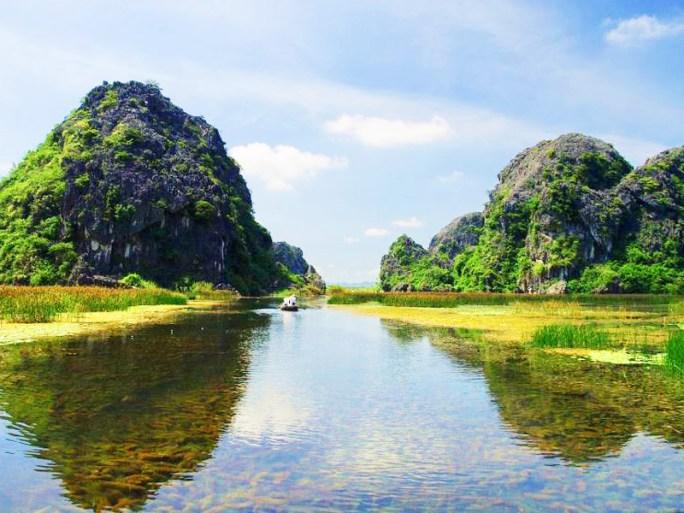 HANOI BIKING TOUR TO NINH BINH