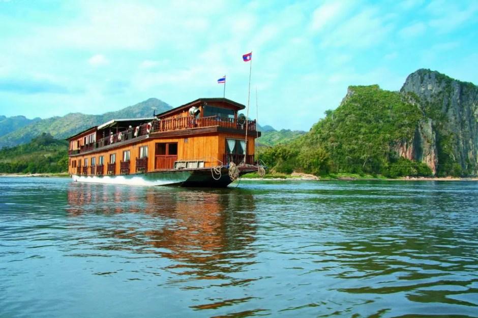 THAILAND DOWNSTREAM CRUISE TOUR TO LAOS