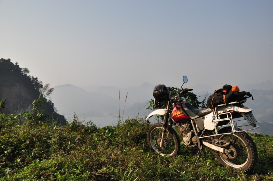 SHORT HANOI MOTORBIKE TOUR TO LANG SON