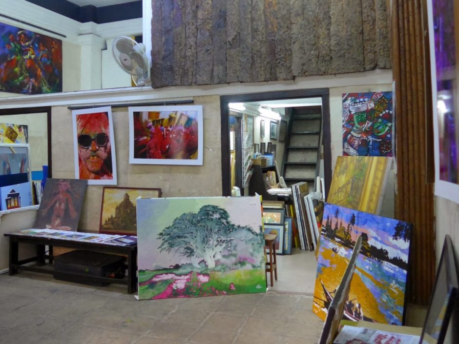 YANGON DAY TRIP TO ART GALLERIES