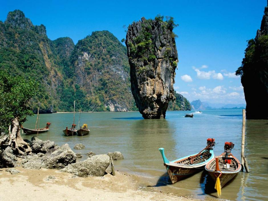 PHUKET BEACH TOUR TO PHI PHI AND PHANG NGA ISLANDS