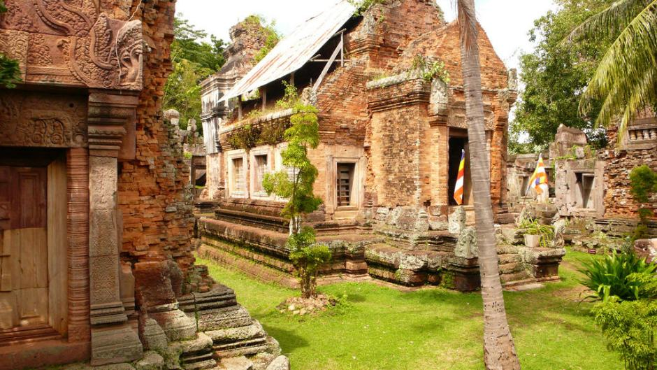 DISCOVERY OF CAMBODIA BEACH HOLIDAY
