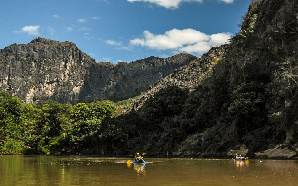 SOUTHERN LAOS KAYAKING TOUR