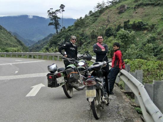 HOI AN MOTORBIKE TOUR TO MY SON