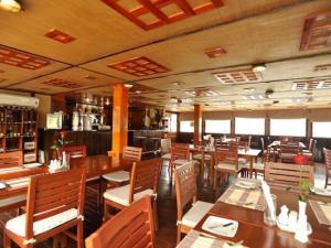 RV Lan Diep Cruise