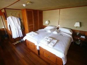 Saigon Upstream Cruise Tour to Siem Reap by RV Indochine Cruise