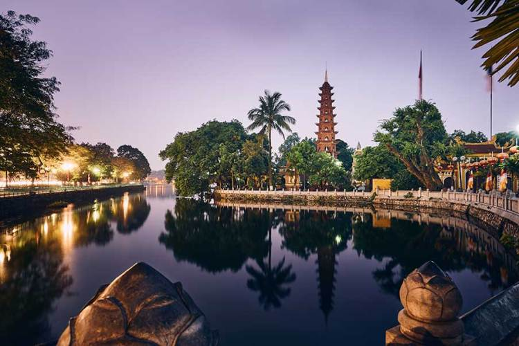 West lake Tran Quoc Pagoda