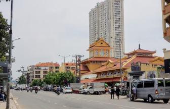 _Vietnam_Hochiminh_Dist6_Binh Tay Market2