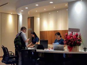 hcmc-westcourt-reception-ホーチミン-ウエストコート-受付