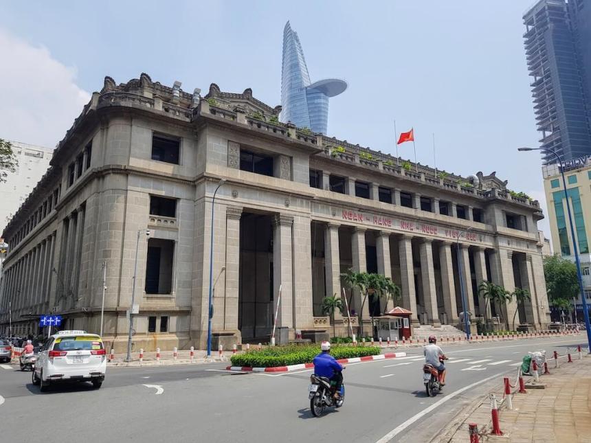 Vietnam_HoChiMinh_Dist1_WallStreet_State bank of Vietnam (1)