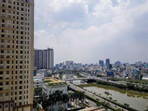 Vietnam_Hochiminh_Dist4_The Tresor_View (1)