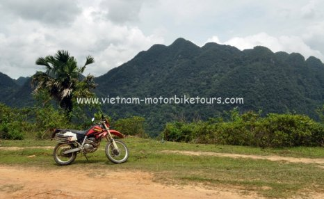 Motorbike Tours in Vietnam North West Pic07