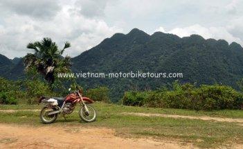 Motorbike Tours in Vietnam North West Pic07