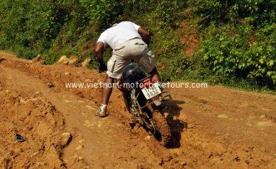 Motorbike Tours in Vietnam North West Pic13