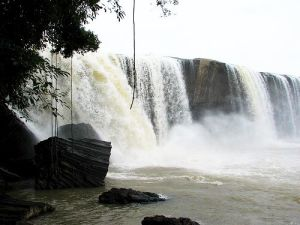 Thuy Tien Waterfall 300x225 - VIETNAM CENTRAL HIGHLANDS