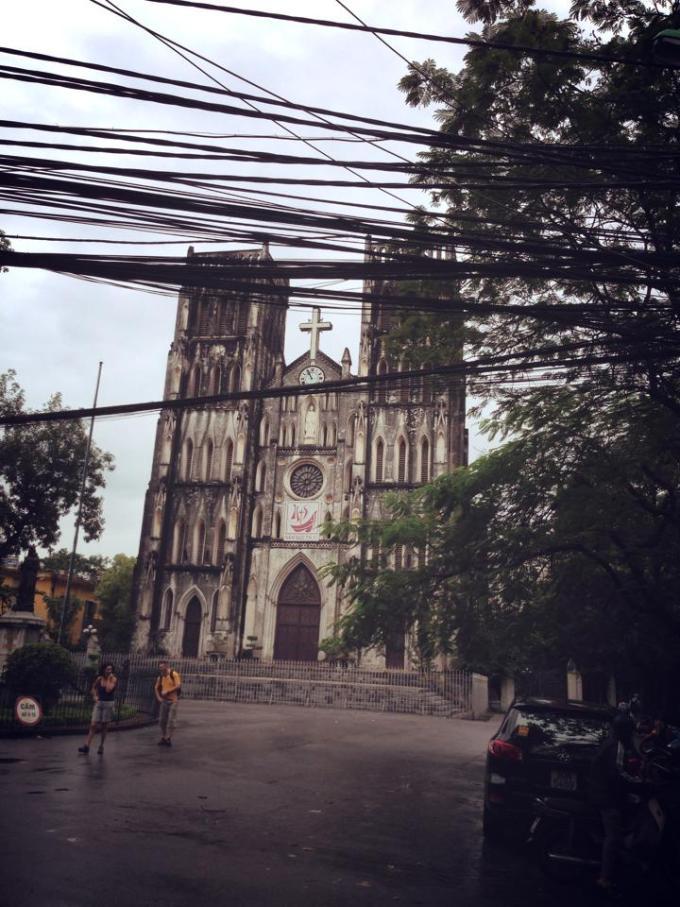 大教会 ベトナム 旧市街 観光 服装 旅行