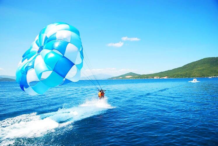 Полет на парашюте над пляжем Зоклет
