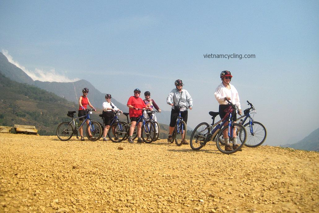 biking bac ha vietnam