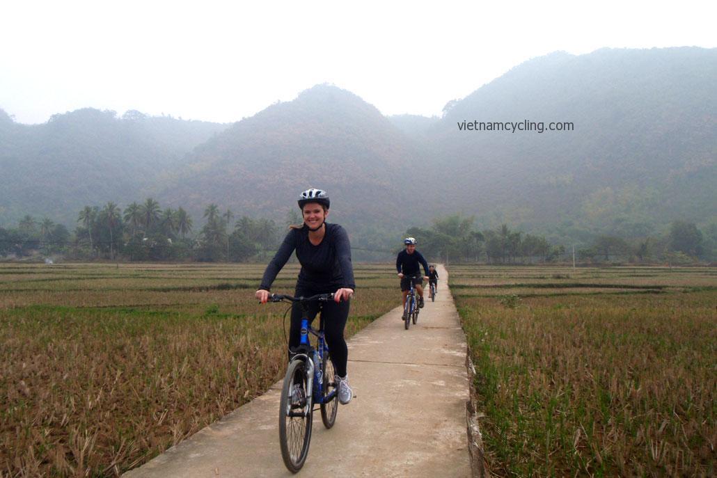 cycling mai chau
