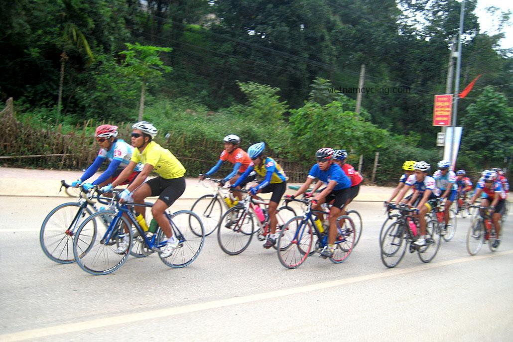 vietnam bike ride, racing