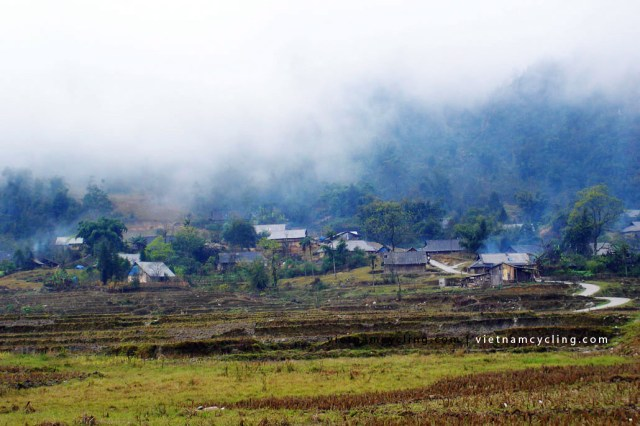 sapa hill tribe village