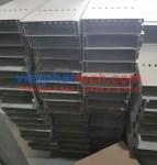 Máng cáp sơn tĩnh điện 200×50 giá rẻ giao hàng toàn quốc 13