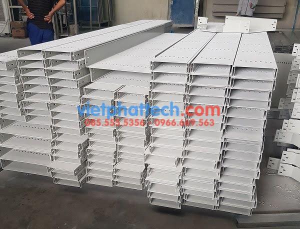 Máng cáp 200x50 sơn tĩnh điện Việt Phát