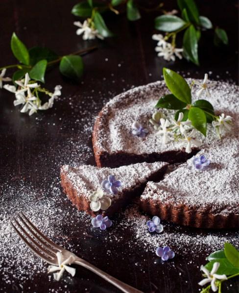 Viewfinders-Galia-Alena-cake