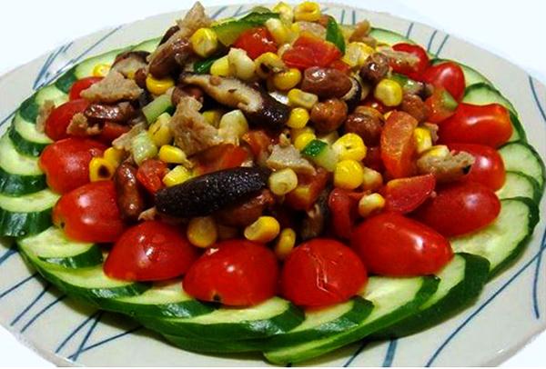 Dry Mushroom and Spiced Nuts Salad
