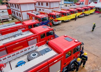Minister of Interior commissions 10 ultra-modern Fire Service trucks (Photos)