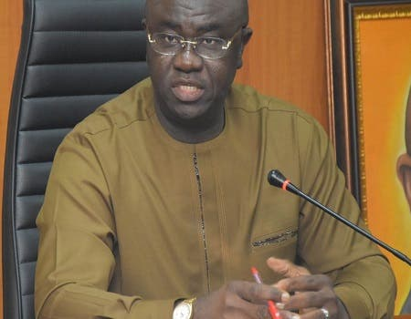 FG to construct 377 rural roads to stop post-harvest losses