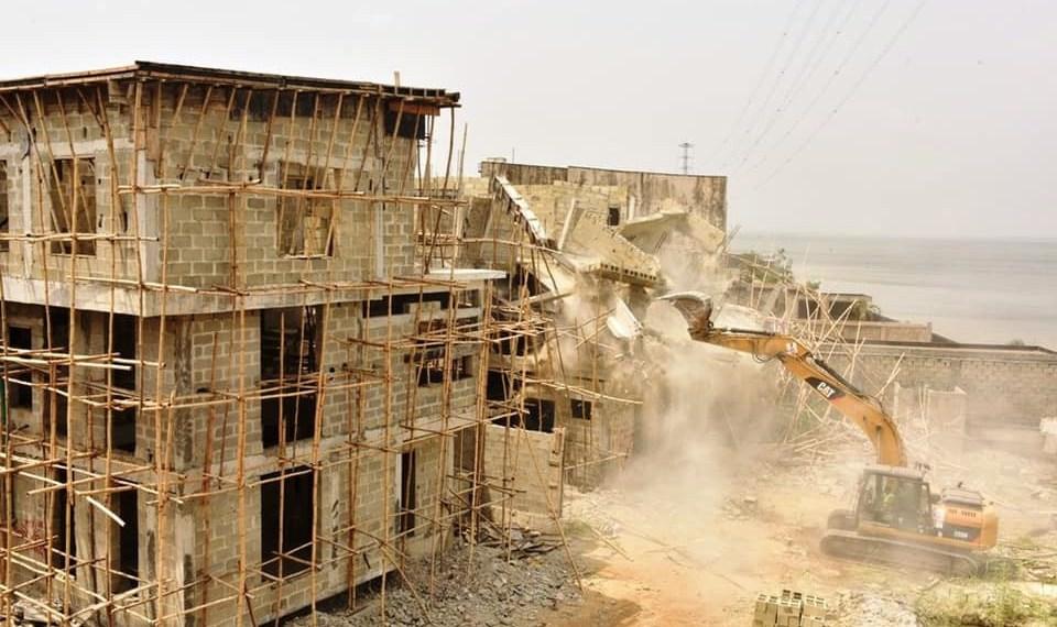 Lagos re-channels, realigns Banana Island coastline, says demolition continues