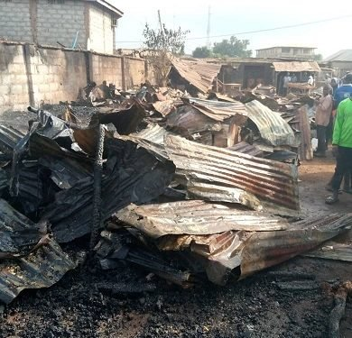 Fire destroys 30 shops in Kwara