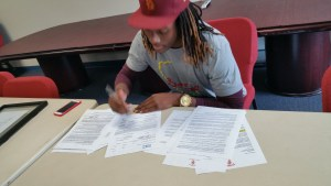 THIS JUST IN: Riverside C.C. WR Isaac Whitney has signed with USC
