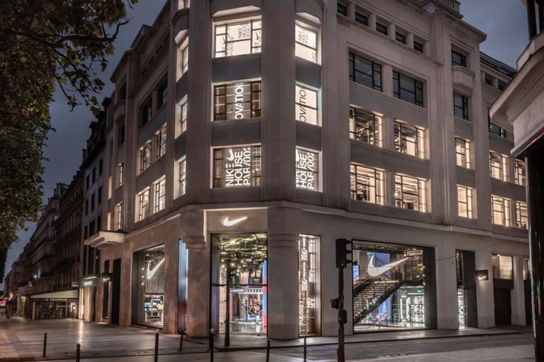 nike chiffre d'affaires record