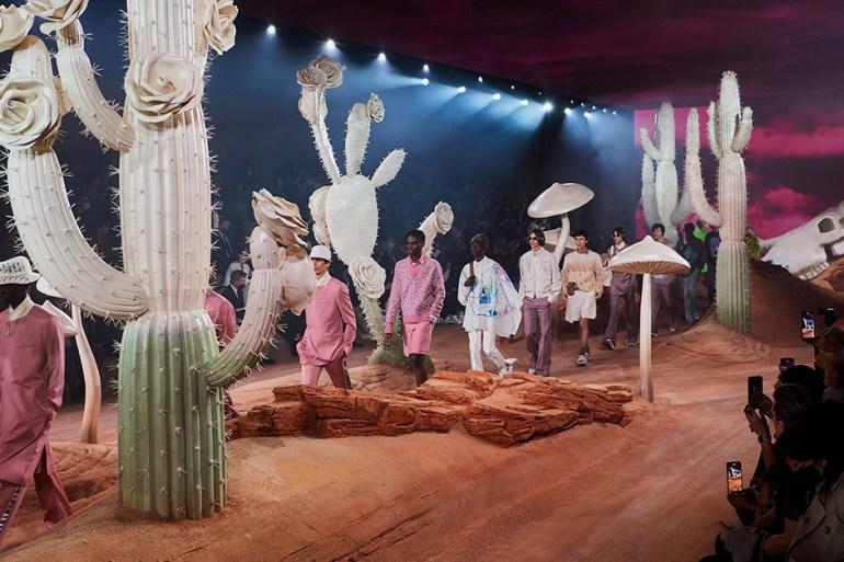 dior travis scott cactus jack printemps/été 2022 paris fashion week
