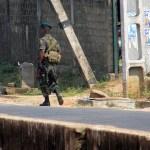 A soldier patrols Trincomalee in eastern Sri lanka. (Photo Felix Krohn, Creative Commons License)