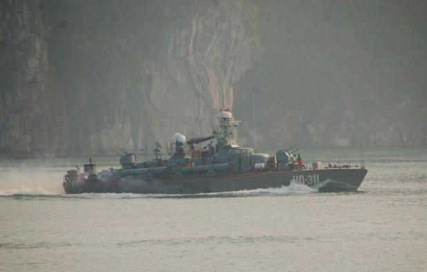 Vietnamese Navy's Soviet-built Shershen Class Torpedo Patrol Boat . (Photo by  Austronesian Expeditions)