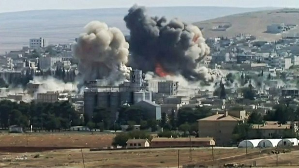 Twin-Explosions in southeastern Kobani on 8th October 2014. (Photo by Karl-Ludwig Poggemann, Creative Commons License)