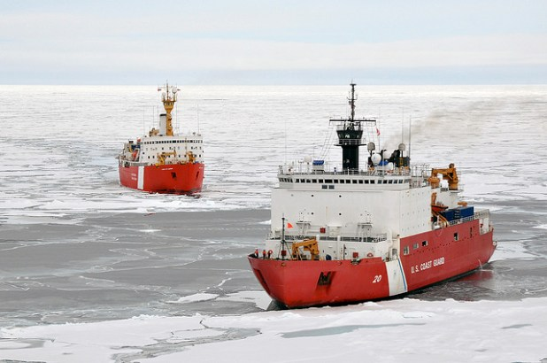Canadian Ship Louis S. St-Laurent and Coast Guard Cutter Healy in the Arctic Ocean. (Photo by DVIDSHUB, Creative Commons License)