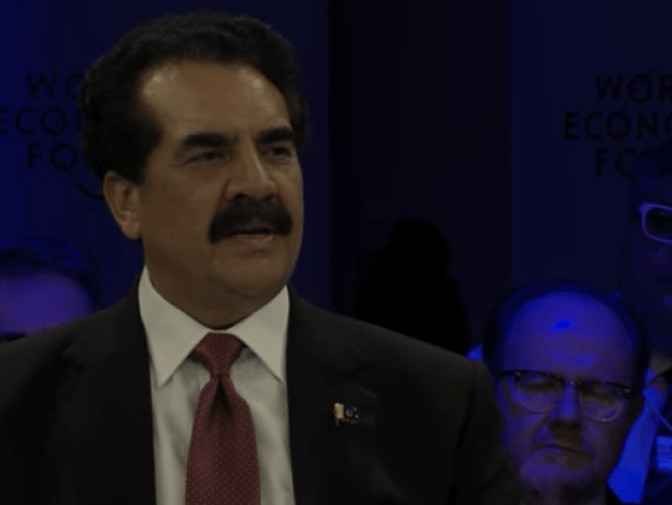 General (Retd) Raheel Sharif speaking at the Davos panel.