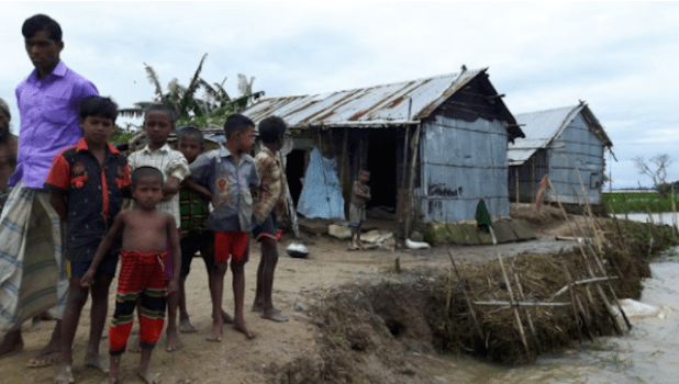 The flood affected people in the Haor region do not want any relief or food support, rather they want a permanent solution so that every year they do not move from one place to another for shelter. (Photo by Zobaidur Rahman, via thethirdpole.net)