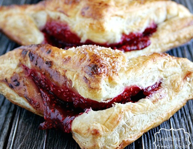 Raspberry-puff-pastry-turnovers