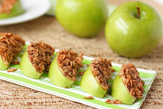 Fitness Fridays: The Best Healthy Snacks On The Go