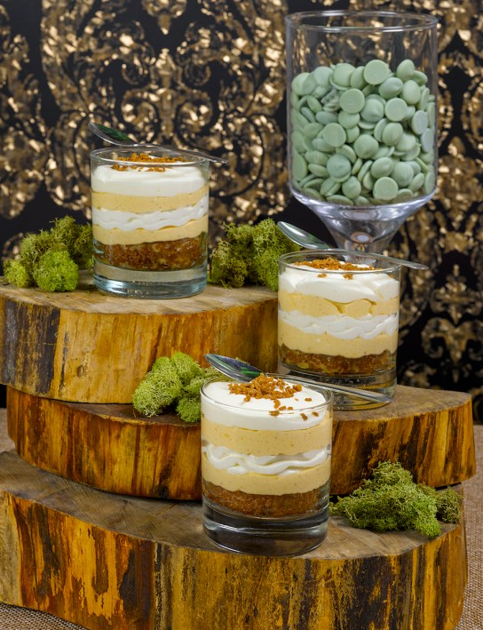 Pumpkin Pie Cheesecake - Holiday Hosting, Holiday Treats | View the VIBE