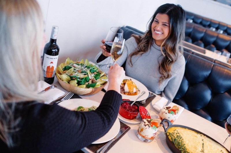 Holiday Menu 360 restaurant at CN Tower Toronto - View the VIBE