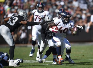 Juwan+Thompson+Denver+Broncos+v+Oakland+Raiders+gvaA9kPK3P6l