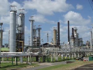 Petronin oil refinery TnT