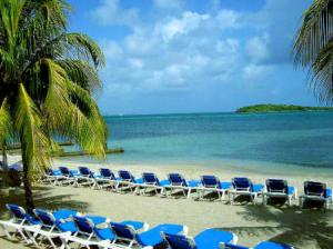 chenay_bay_beach1