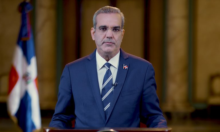 Abinader retira los nuevos impuestos del Presupuesto 2021